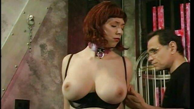 Un long jouet sexuel aide une jeune et grosse femme à avoir un film x gratuit vf orgasme