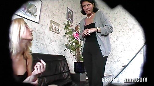 L'entraîneur sex français xxx a baisé sa fille